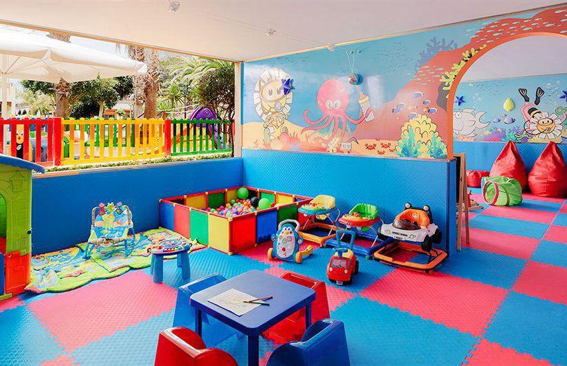 Hôtels avec enfants H10